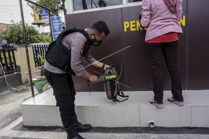 Peningkatan pengamanan kantor polisi