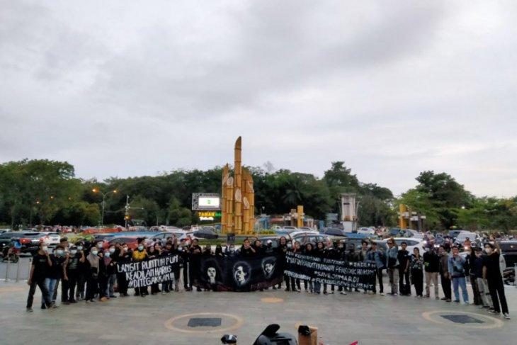 Aksi dan teatrikal suarakan kasus Jumardi dan isu kemanusiaan