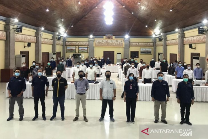 Polda Bali gandeng ITB STIKOM Bali gelar pelatihan manajemen media