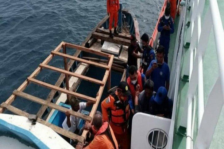 KM Mikhel hilang kontak di Pulau Mursala, satu ABK ditemukan terapung