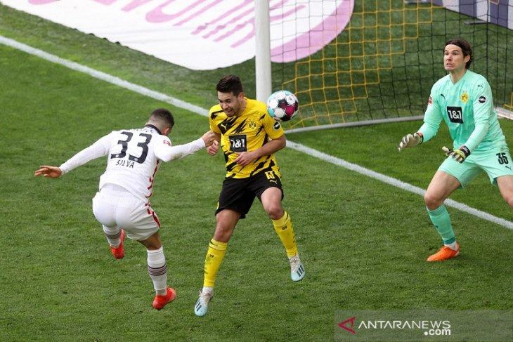 Liga Jerman, asa empat besar Dortmund memudar seusai dipecundangi Frankfurt