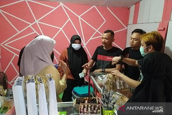 Toko penjual kosmetik tanpa izin BPOM digerebek