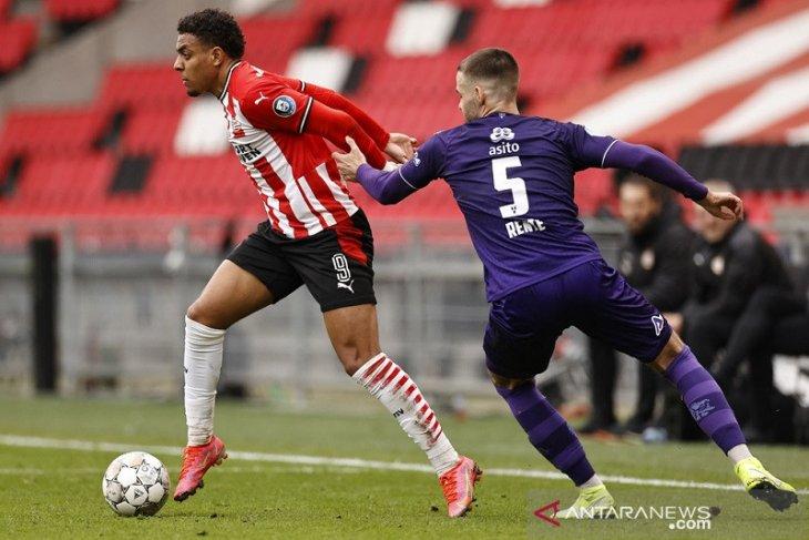 Cukur Heracles, PSV amankan kembali posisi kedua