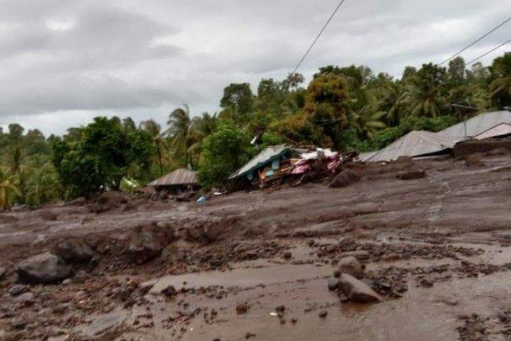 Banjir bandang landa Flores timur