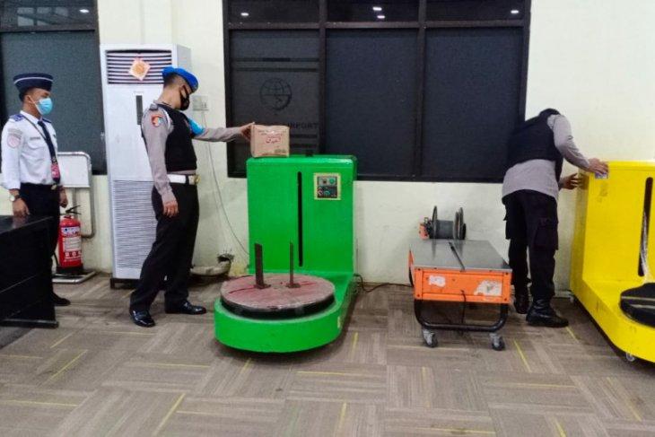 Bandara Pinangsori disterilkan dari bahan peledak