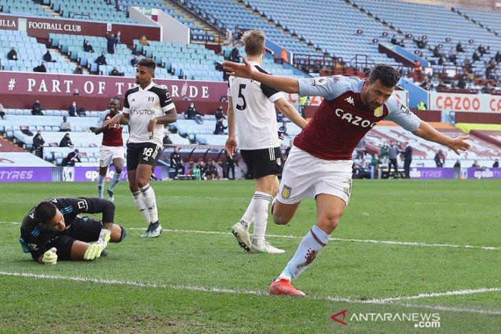 Dwigol Trezeguet antar Villa kembali ke jalur kemenangan