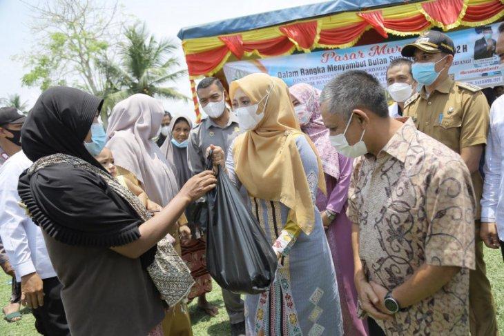 Buka pasar murah, ini pesan Istri Gubernur Aceh
