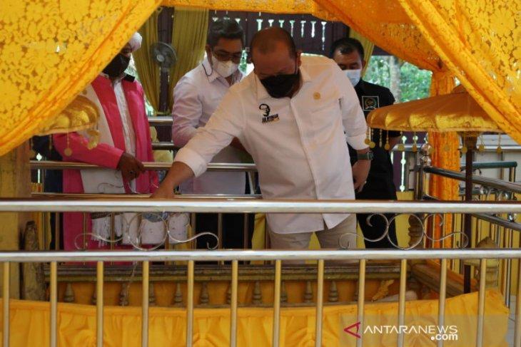 Ketua DPD RI apresiasi keunikan desain Masjid Agung di IKN