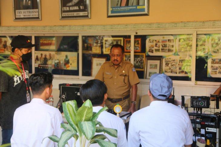 Wawali Surabaya ikut main film