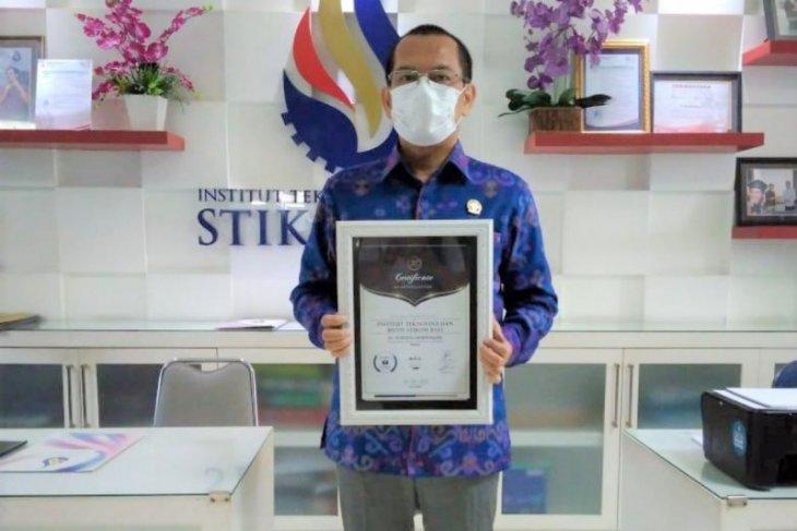 ITB STIKOM Bali terima anugerah pendidikan Indonesia 2021 dari ISAA