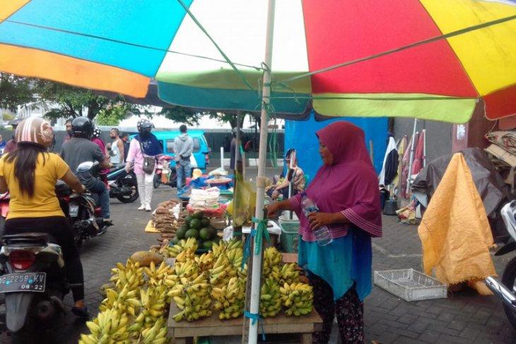 DPRD dukung Pemkot Ternate tertibkan PKL di pasar Higenis dan Barito