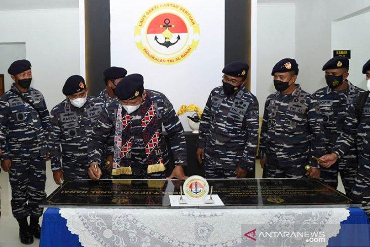 Kasal resmikan stasiun bantu kapal selam di Natuna