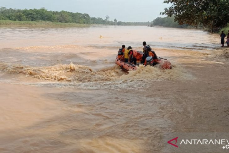 Basarnas Jambi cari bocah yang hilang di Sungai Batang Asai