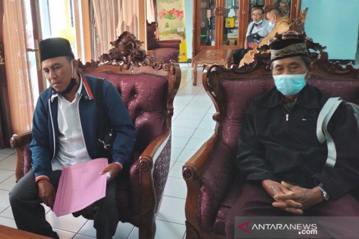 Warga Desa Belumai tuntut pengusutan dugaan korupsi DD