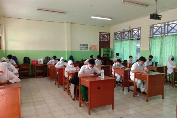 Sejumlah SMP Swasta di Pontianak gelar Ujian Sekolah daring dan luring