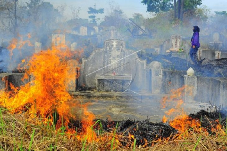 Kebakaran lahan saat Ceng Beng