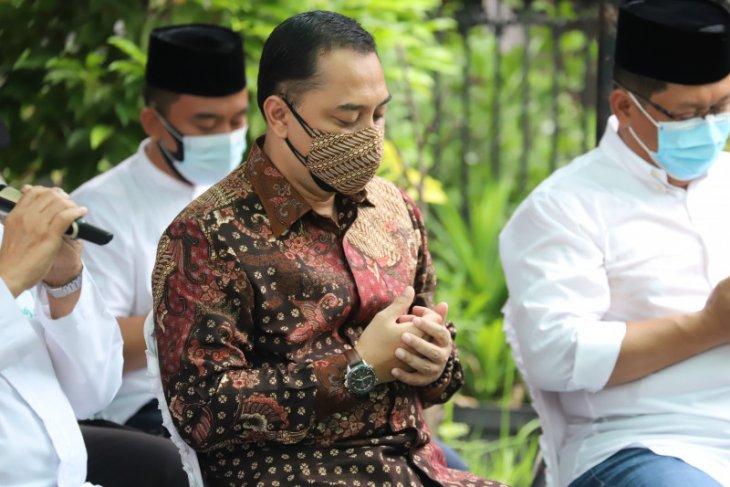 Wali Kota Surabaya izinkan shalat di Masjid