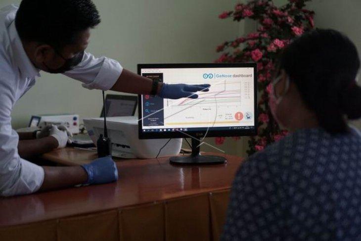 Layanan tes Genose C19 di kelurahan