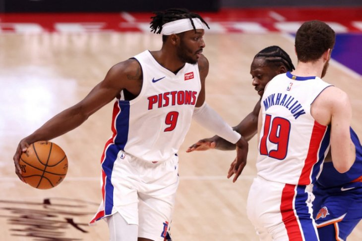 Grant pimpin Pistons hempaskan Thunder