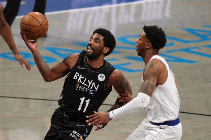 Irving memborong 40 poin saat Nets hantam Knicks 114-112