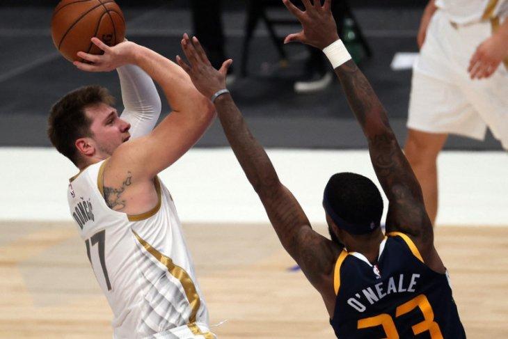 30 poin Luka Doncic mengantar Mavericks tundukkan Jazz 111-103