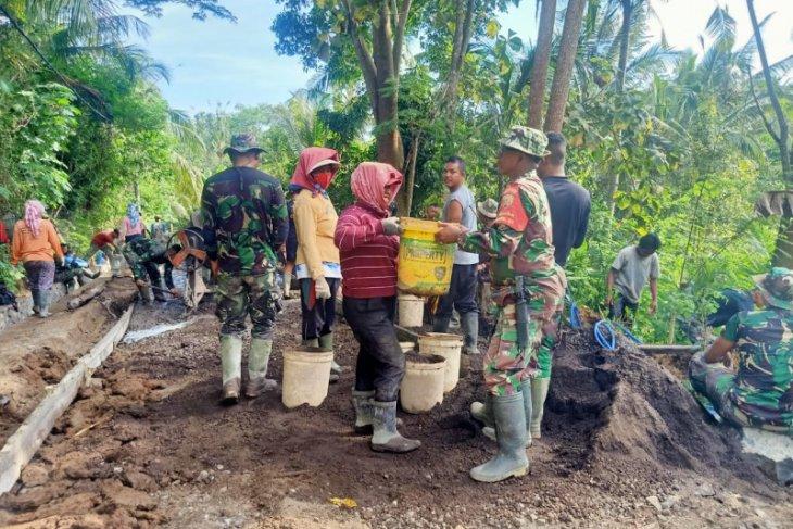TNI Masuk Desa tuntaskan tugas negara walau dalam belenggu COVID-19