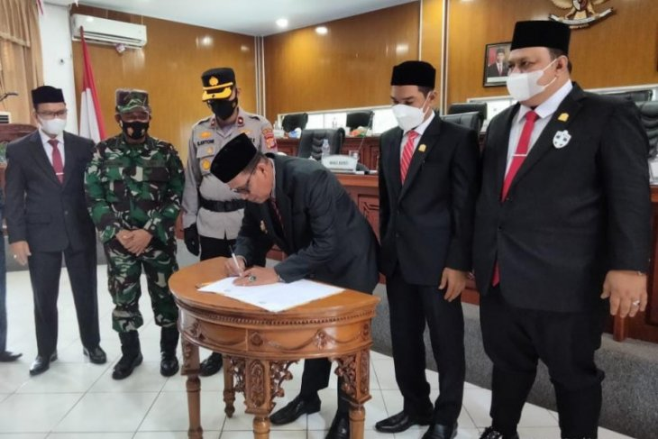 Aceh Jaya sahkan qanun perlindungan perempuan dan anak