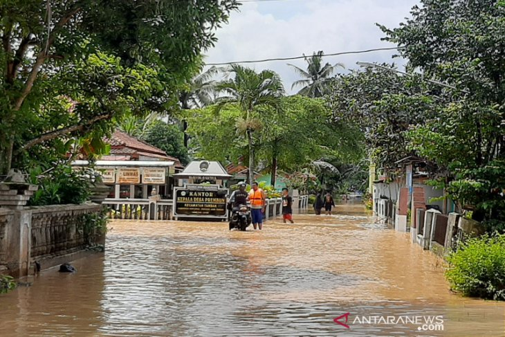 Extreme weather forecast in Central Java in next 72 hours