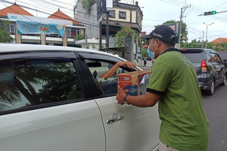 Warga Bali galang bantuan untuk korban bencana di NTT