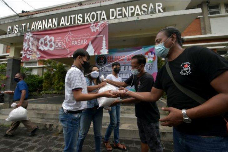 Kegiatan peduli austisme di Denpasar