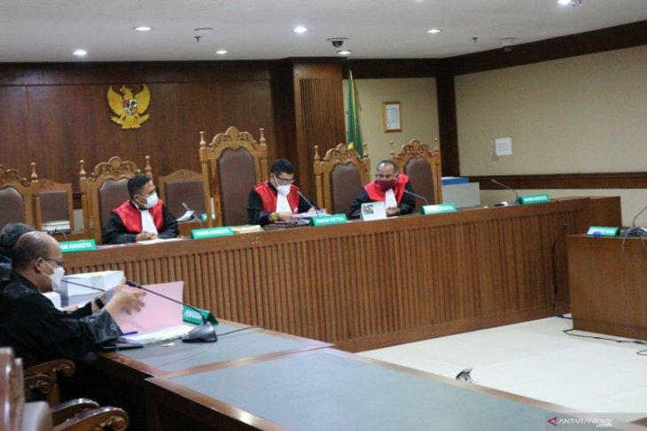 Jaksa rincikan uang suap Edhy Prabowo termasuk sewa apartemen stafsus dan beli mobil