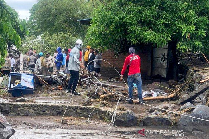 5.000 rumah warga di Sumba Timur rusak diterjang badai Seroja