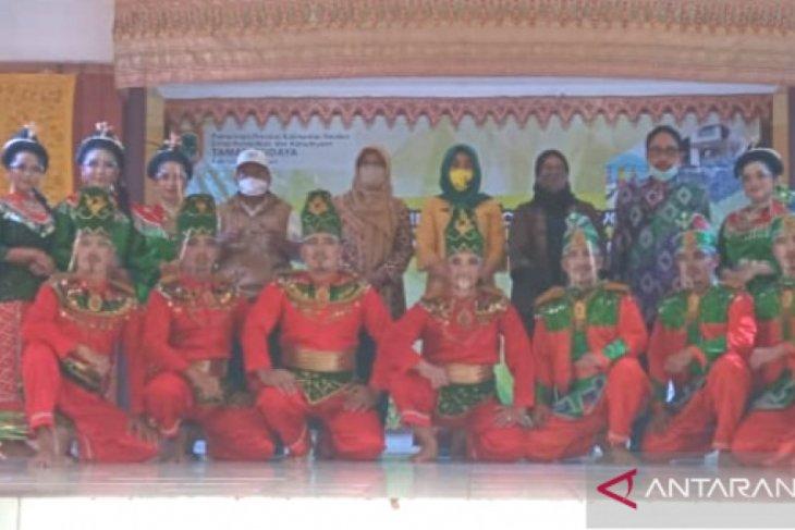 Taman Budaya Kalsel tampilkan tari Japin Anak Delapan di TMII