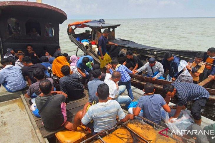 Hendak ke Malaysia secara Ilegal, TNI AL tangkap pekerja migran Indonesia