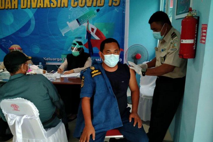 KSOP dan  PT Pelni Cabang Ternate laksanakan vaksinasi COVID-19