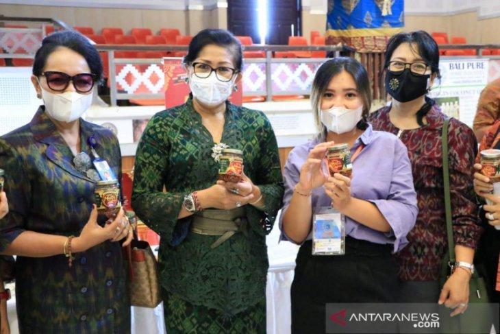 Dekranasda Bali ajak perajin turut lestarikan endek leluhur