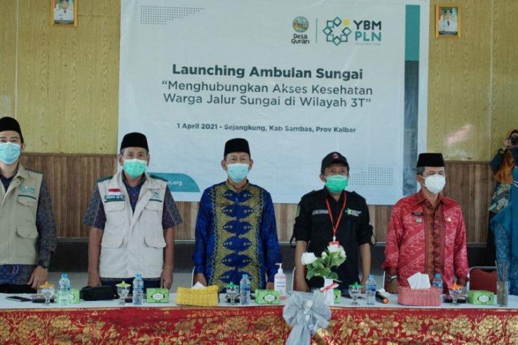YBM PLN Serahkan Bantuan Ambulance Sungai di Sejangkung
