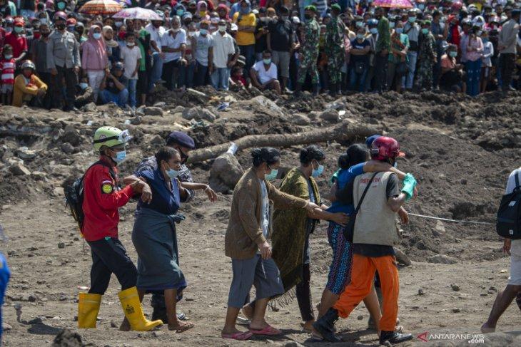 Tiga korban yang sempat dinyatakan meninggal di NTT ditemukan hidup
