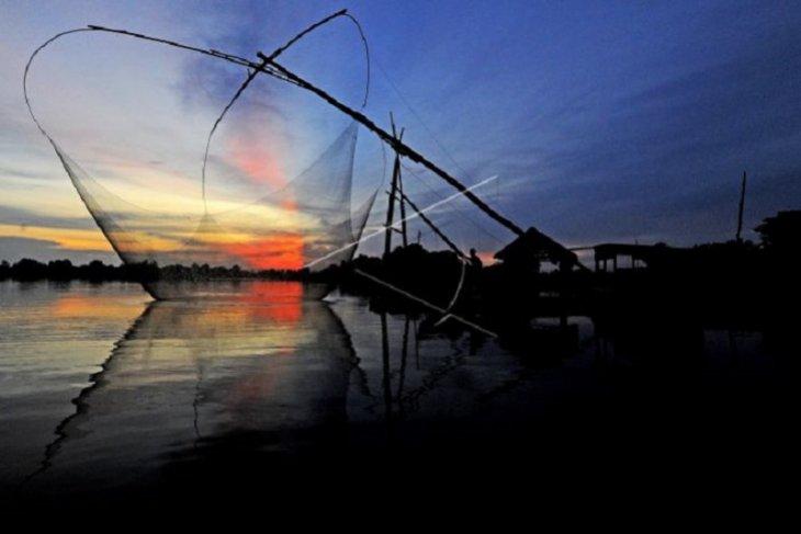 Pemanfaatan zona penangkapan Danau Teluk Kenali