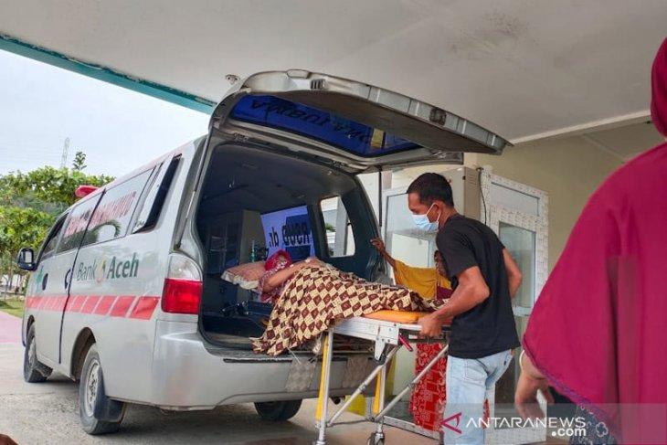 Warga Aceh Timur keracunan diduga terhirup gas
