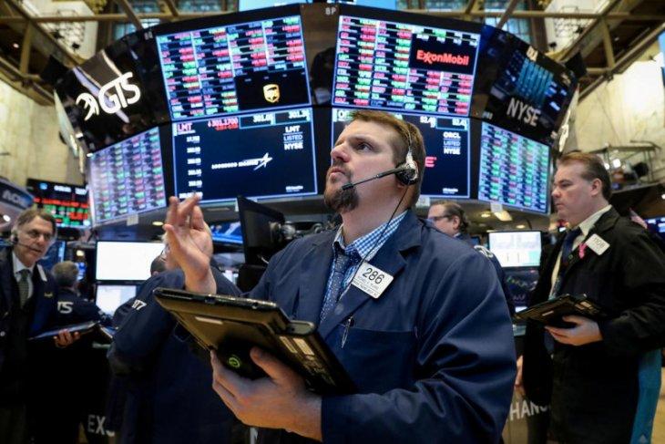 Wall Street ditutup beragam  meski laba bank besar melonjak