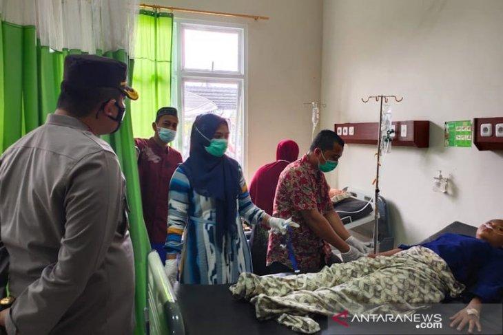 Delapan warga Aceh Timur kritis terhirup keracunan gas