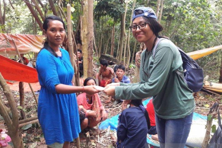 Ni Komang, gadis Bali jadi pendamping orang rimba
