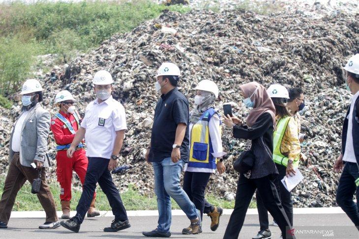 Kunjungan DPR di Pengolahan Sampah Jabon