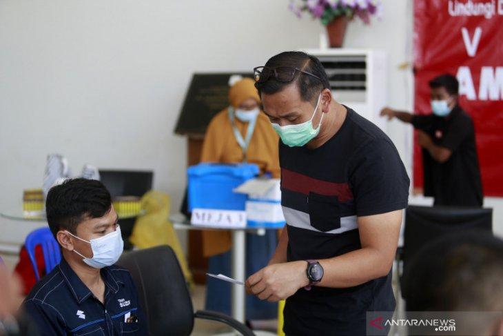 Ratusan pelayan publik Gorontalo jalani vaksinasi COVID-19