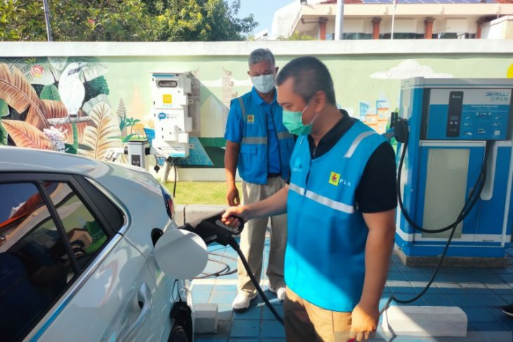 PLN bangun SPKLU di Bali mudahkan isi daya mobil listrik