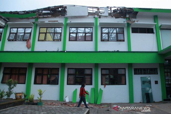 BNPB : Lebih dari 300 Rumah rusak di beberapa wilayah Jatim