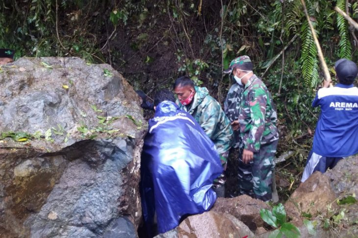 Lima warga Lumajang meninggal akibat gempa Malang