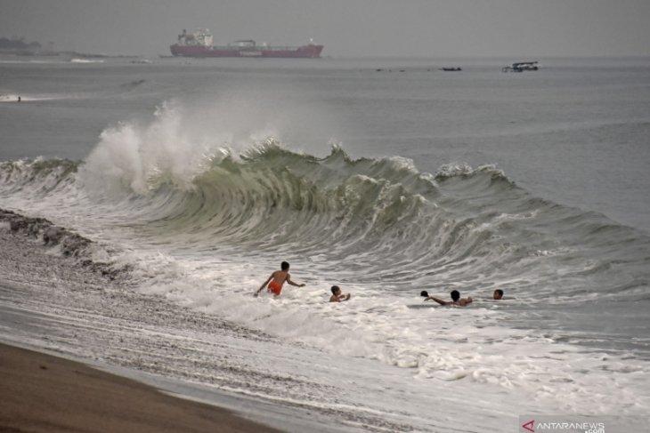 Kemenhub keluarkan maklumat pelayaran waspadai cuaca ekstrem