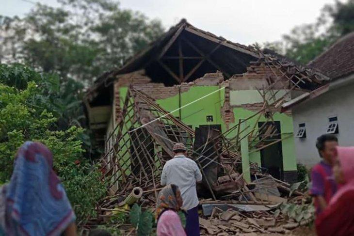 Dampak gempa di Malang